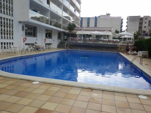 costa del maresme santa susanna hotel alhambra bazén