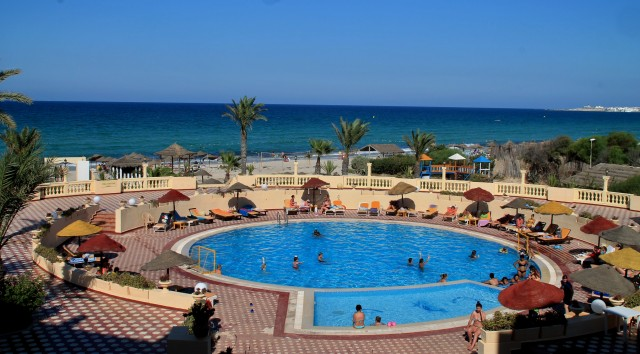 tunis dovolená bazén a moře